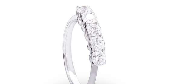 diamond-ring-2-SyChCnzUP.jpg