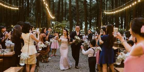 fire-wood-and-earth-weddings1-4-HJPRu1zPw.jpg