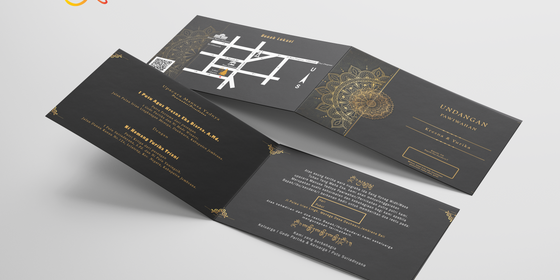 folded_business_card_wqemockup_4-ByYm2d4gP.png
