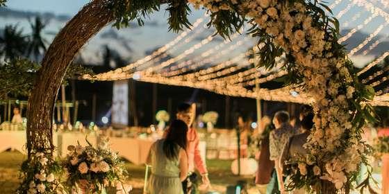 garden-lawn-dinner-reception-2-BknJfmFXU.jpg