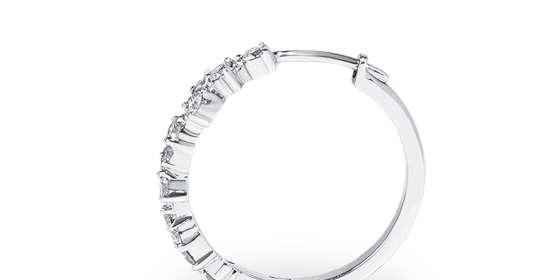 hayley-diamond-earrings-3-Hyv1cGP08.jpg