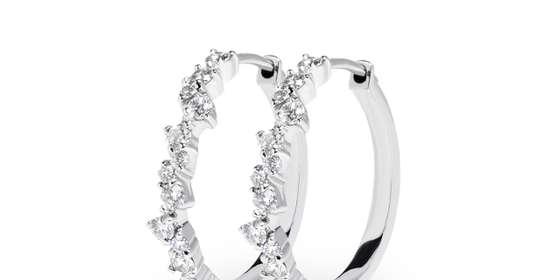 hayley-diamond-earrings-ry0RFGPAI.jpg
