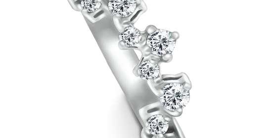 hayley-diamond-ring_2-ryDBNYbPI.jpg