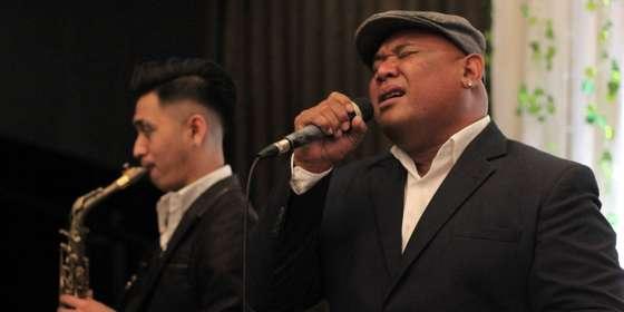 heaven-entertainment-singer-Fx88FbeBy.jpg