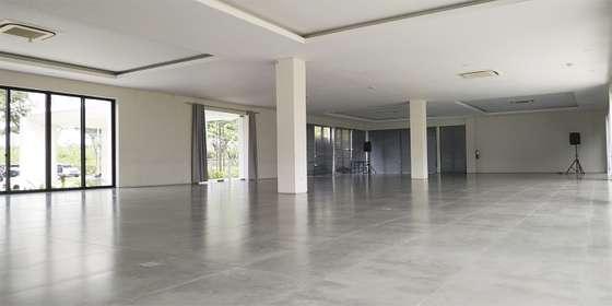 indoor-2-rkkSbObM8.jpg