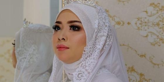 kin-number-beauty-loungestudio_photoshoot-and-wedding-galery_18-HyU0ptZJw.png