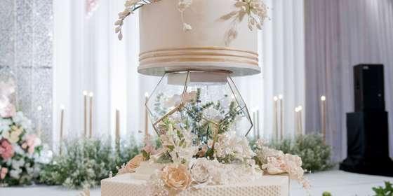 lenovelle-cake_the-wedding-of-kelvin-wenny_1-H1J0I4-mL.jpg