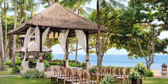 lux_dpslc_wedding_ceremor_balinesa_gazebo_02-HJ1yjkphB.jpg