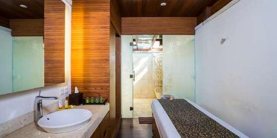 massage-room-SkBnEHdyL.jpg