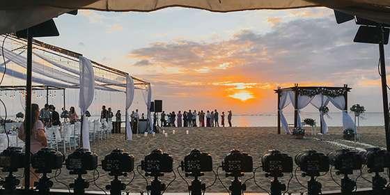 photo-booth-83photostudio-unique-photobooth-jakarta-instant-print-photo-booth-83photostudio-megabooth-photobooth180-matrixphotobooth-bali-beach-B1QpTMvI8.jpg