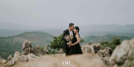 premium-prewedding-photo-and-video-package-B1zS8UHhL.jpg