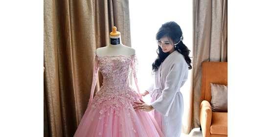 sindra-yenny-lee-bridal-couture-15-BkYXcfNOI.jpg