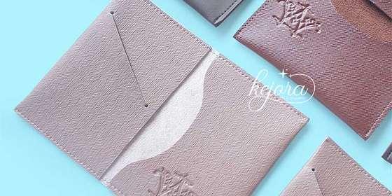 souvenir-pernikahan-unik-dompet-kartu-2-Hyq7GOWwP.jpg