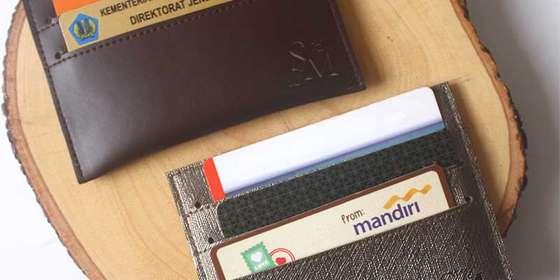 souvenir-pernikahan-unik-dompet-kartu-3-selip-H1Z2gwbwv.jpg