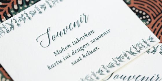 souvenir-tag-S1sGktM4U.png