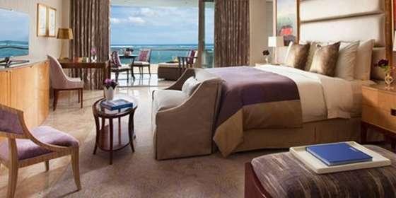 the-baron-suite-bedroom-purple-r1pUhC9Dw.jpg
