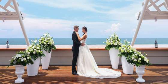 wedding-at-the-bandh-hotel-and-suites-9-BkYIrFae8.jpg