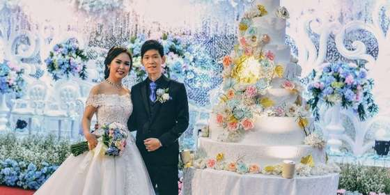 wedding-cake-wo-06-60001-ByrOX_MNI.jpg