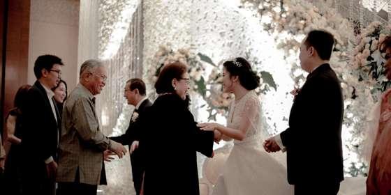 wedding-stage-2-rJLO06Adw.jpg