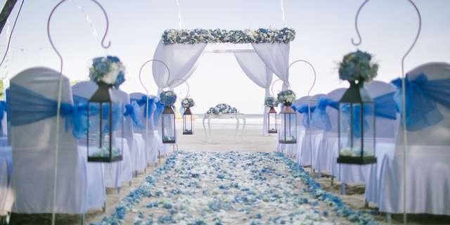 cy_dpscy_beach_wedding_ceremony_decoration-31-ByK8OMChI.jpg