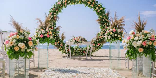 cy_dpscy_beach_wedding_set_up-7-r1T_OMC2L.jpg