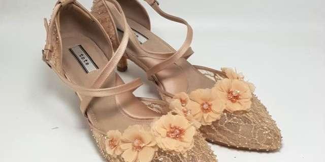 minnie-petal-flower-S1W-al_tL.jpg