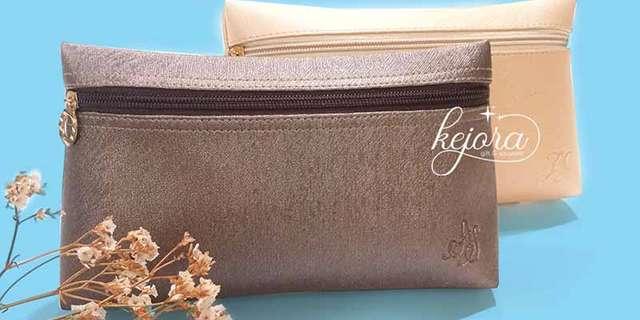 souvenir-pernikahan-istimewa-pouch-top-zipper-depth-BJBwGL-Dv.jpg