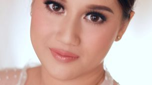 makeup by nadia achmad