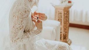 Classic Lace Robe 90 cm - White