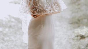 CUSTOM RENT WEDDING DRESS (small-medium silhouette