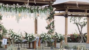 Wedding Decoration Package (akad/ceremony + reception)