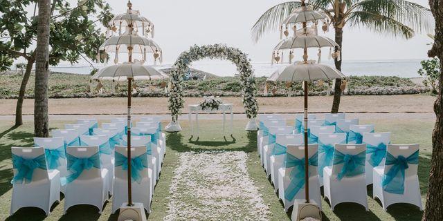 chloe-_-joshua-the-wedding-12-wm-wm-B1DRUgzUL.jpg