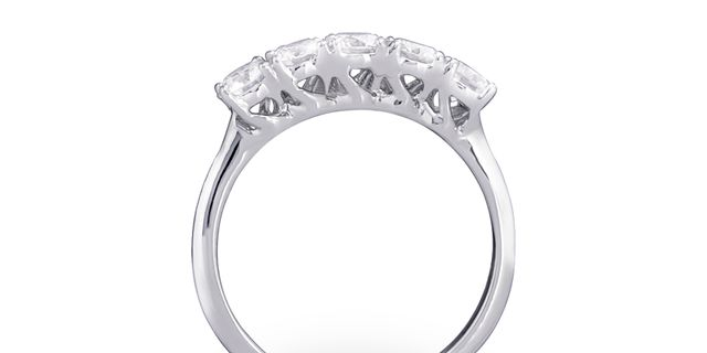 diamond-ring-4-rkCnC3M8D.jpg