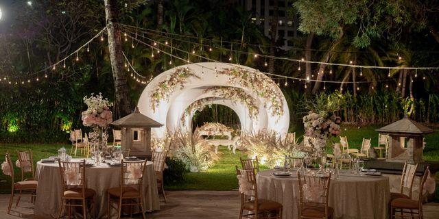 intimate-wedding-12-SJkEBUNvD.jpg