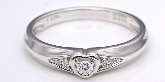 perhiasan-emas-berlian-white-gold-18k-diamond-dhtxhjz015-3-HyX5fvLTr.jpg