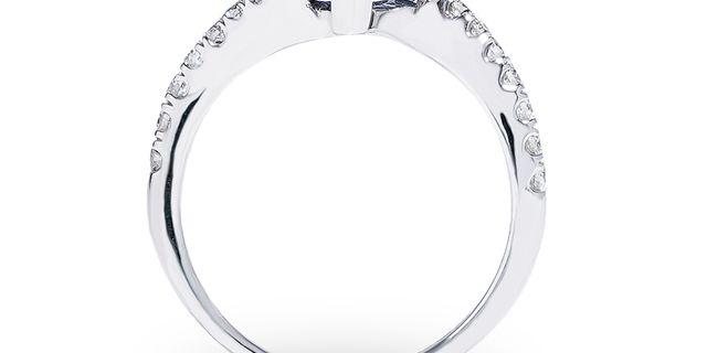 tanzanite-diamond-ring-2-rydQiCvev.jpg