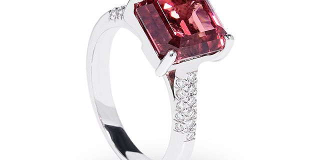 tourmaline-diamond-ring-4-Byst3ADlw.jpg