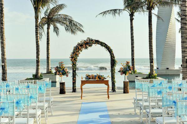 LV8 Resort Hotel Emerald Wedding