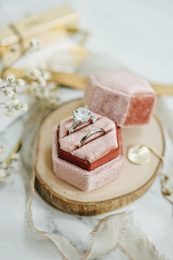 Velvet Ring Box 1 slot or 2 slots without Monogram