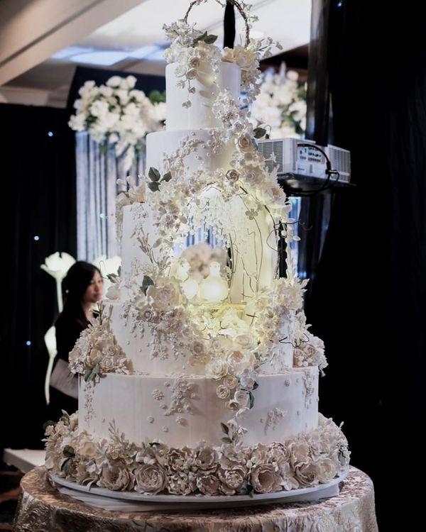 Wedding Cake - CL - 101