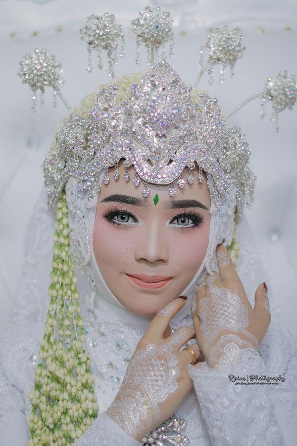 Wedding Flash