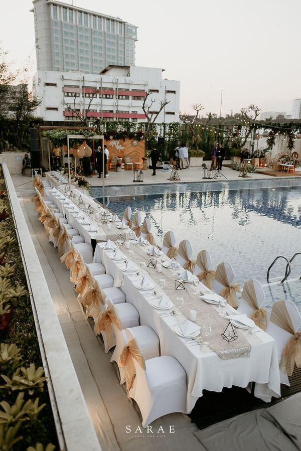 Poolside Package - Crowne Plaza Bandung