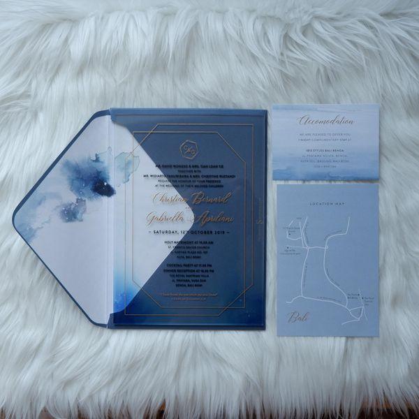 Glass Card Luxury