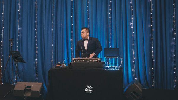 Go Intimate 100 Wedding DJ Package ( 100+ Pax Small Venue )