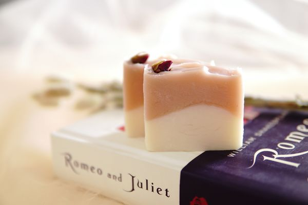 Jollene Handmade Soap (min 50 pcs)