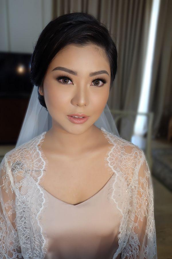 Theiya Makeup - Makeup Mama / Sister (dengan retouch)