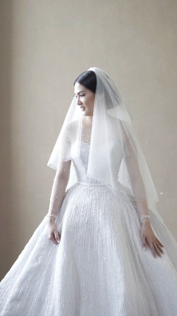 iLook Makeup & Couture - Custom Wedding Ballgown