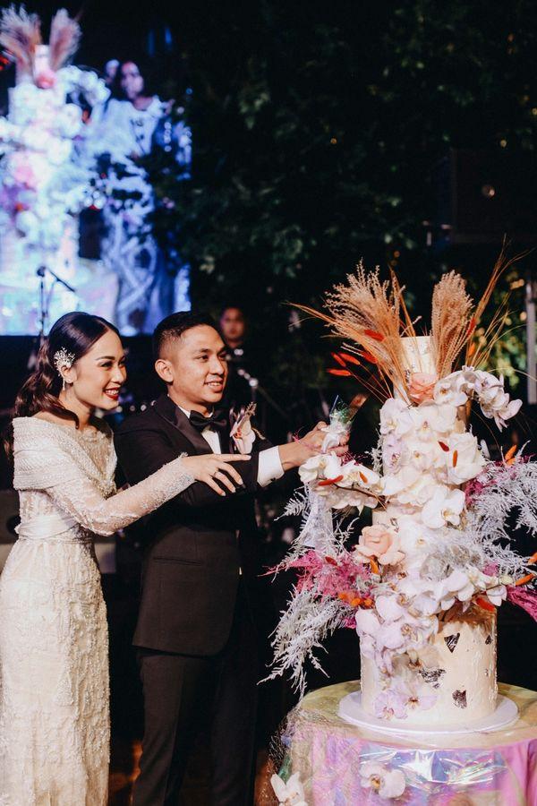 Four Tier Customizable Wedding Cake