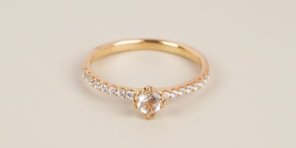 Lourde Ring