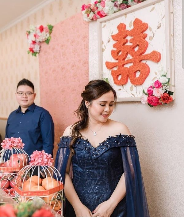 Engagement Chinese Makeup and Hairdo